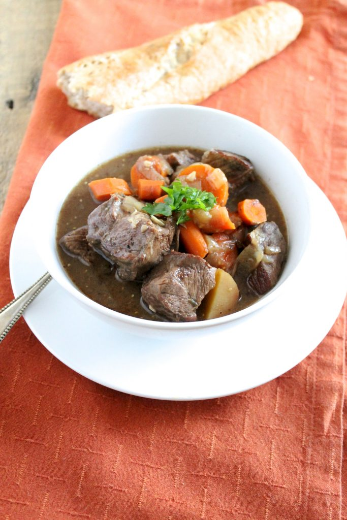 This Slow Cooker Beef Stew Recipe is a delicious and cozy meal to come home to on a winter evening. Brown ale gives the broth a delicious, rich flavor! ll www.littlechefbigappetite.com ll Healthy Slow Cooker Recipe, Slow Cooker Beef, Slow Cooker Stew, Slow Cooker Meal, Healthy Slow Cooker Beef Recipe, Beef with Beer, Beef with Brown Ale, Healthy Beef Stew