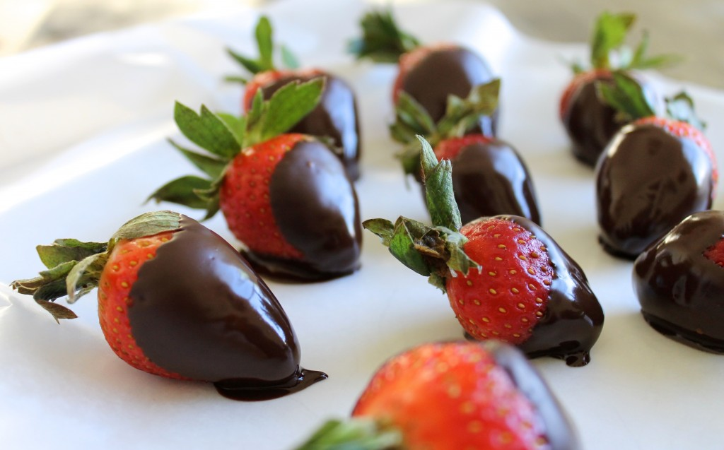 Perfect Dark Chocolate Covered Strawberries Recipe