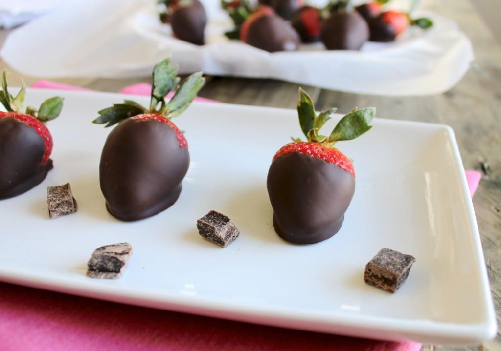 Perfect Dark Chocolate Covered Strawberries Recipe