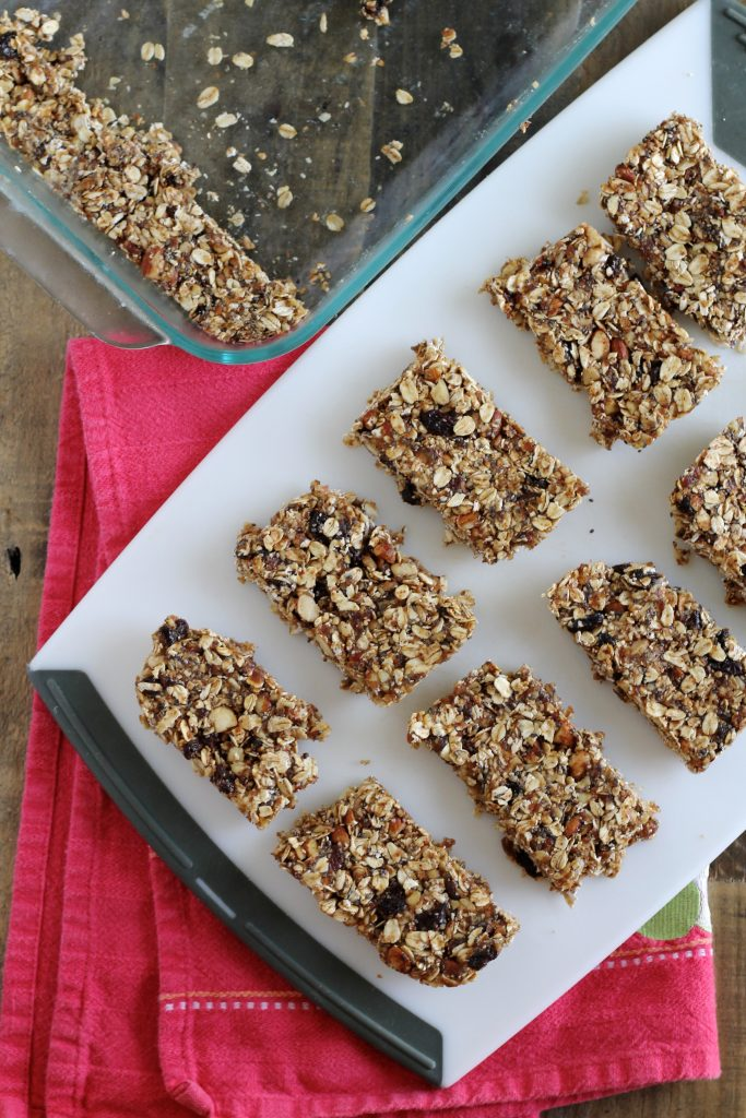 No-Bake Nut and Oat Granola Bars Recipe
