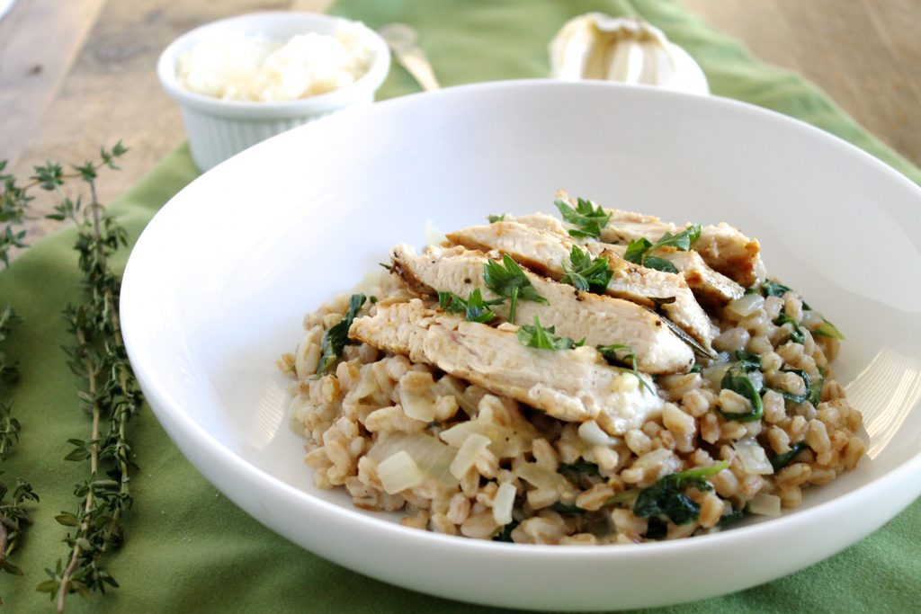 This Grilled Rosemary Chicken and Farro Risotto is the ultimate cold weather comfort food, made healthier! The farro risotto is delicious enough to eat on it's own and can always be paired with a pescatarian or vegetarian protein instead. Chicken Breast Recipe, Healthy Chicken Recipe, Risotto Recipe, Healthy Risotto Recipe, Farro Recipe, Healthy Farro Recipe  ll www.littlechefbigappetite.com
