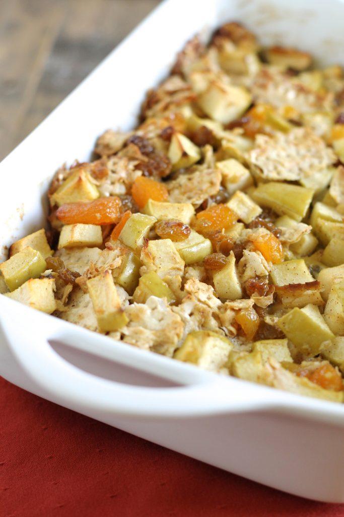 Passover Apple-Matzoh Kugel l www.littlechefbigappetite.com