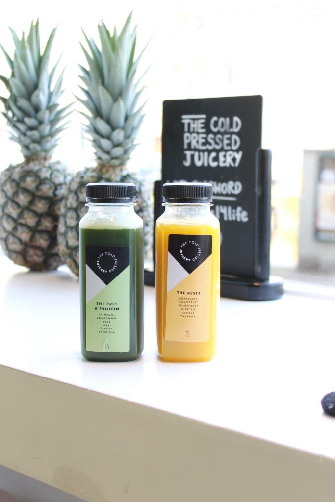 The Cold-Pressed Juicery ll Where to Eat and Drink in Amsterdam ll www.littlechefbigappetite.com