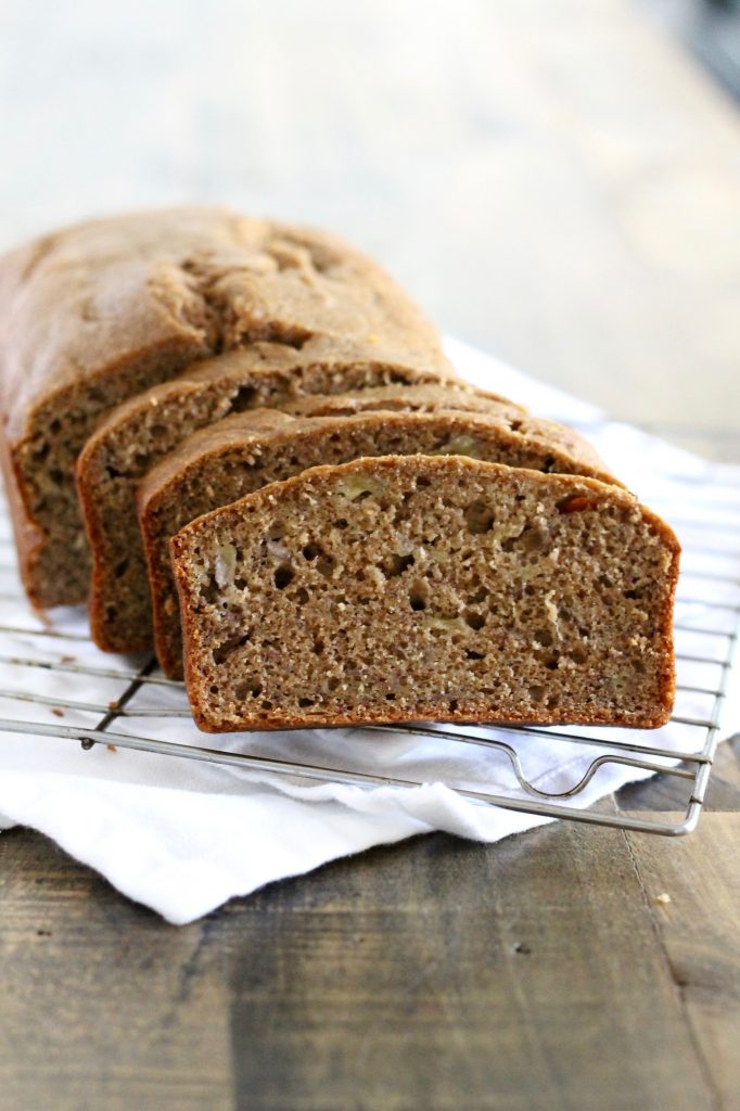 This Healthy Whole Wheat Banana Bread is delicious with your morning coffee or as a quick snack when you're on the go! ll www.littlechefbigappetite.com