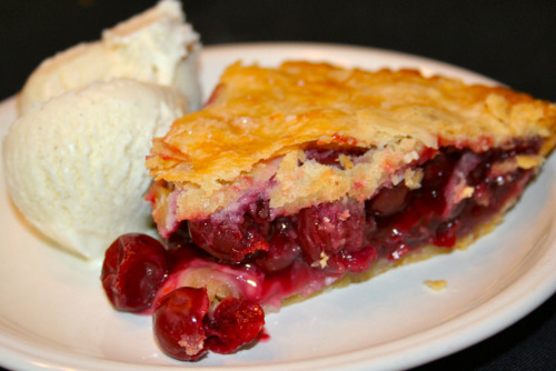 The Absolute Best Cherry Pie