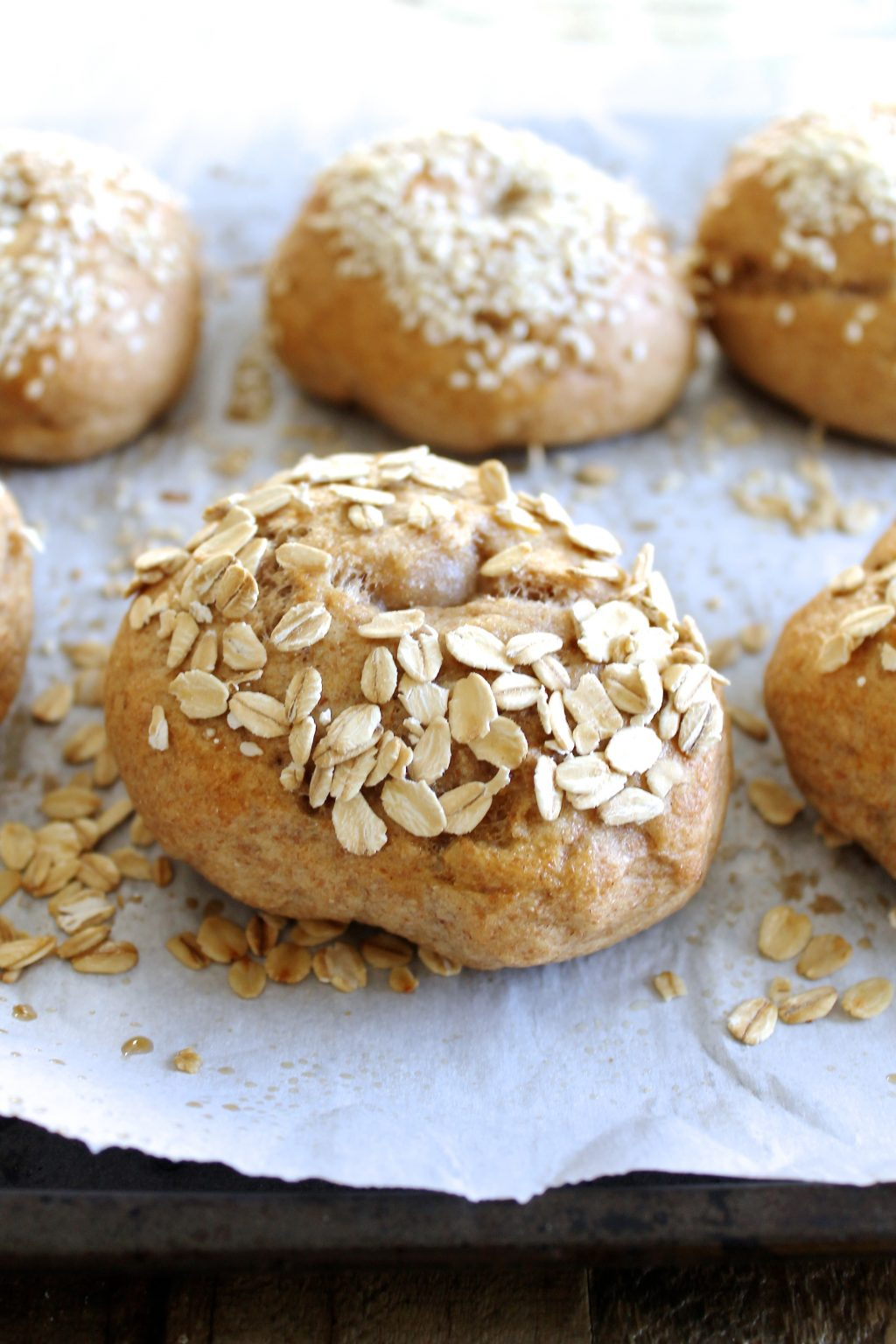 Homemade Whole Wheat Bagels Recipe | www.littlechefbigappetite.com