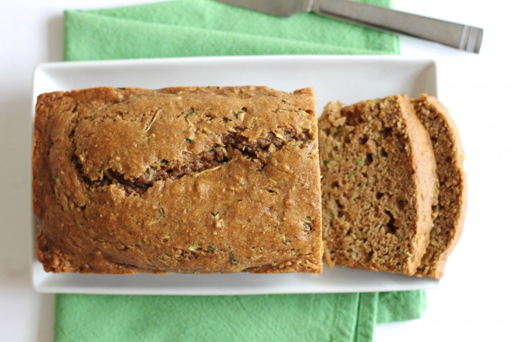 Healthy Whole Wheat Zucchini Bread | www.littlechefbigappetite.com