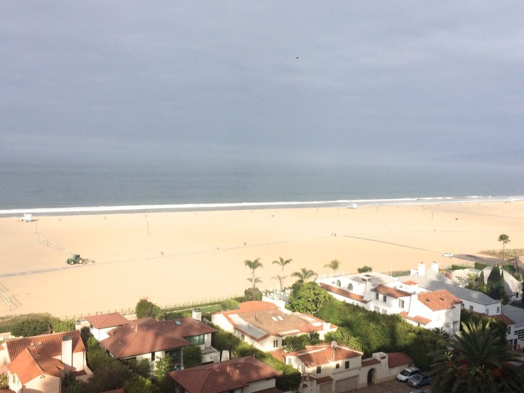 Santa Monica Beach Run | www.littlechefbigappetite.com