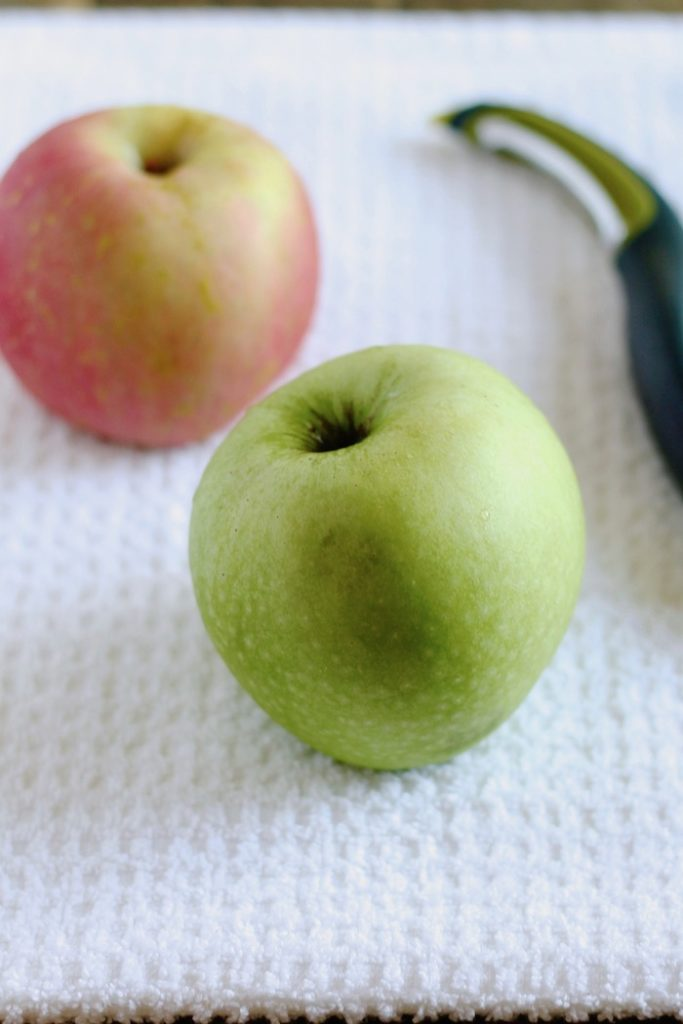 Red and Green Apples | www.littlechefbigappetite.com