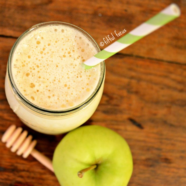 Healthy Apple Recipe Roundup for Rosh Hashanah (The Jewish New Year) ll Vegan, Gluten-Free, and Paleo Apple Recipes! ll www.littlechefbigappetite.com