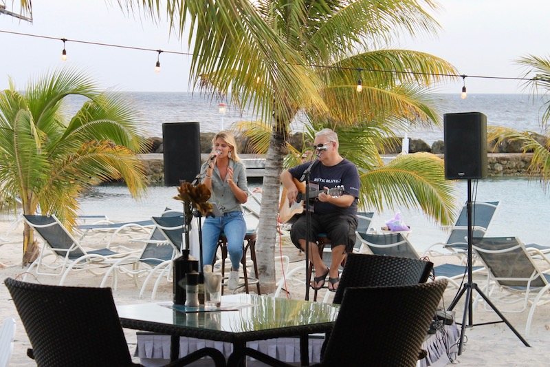 Live Music at Avila Beach Hotel | www.littlechefbigappetite.com